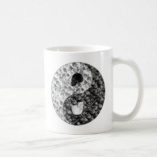 Skull Yin Yang Basic White Mug