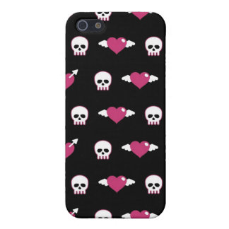 Skulls and hearts iPhone 5 cases