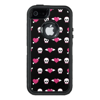 Skulls and hearts OtterBox iPhone 5/5s/SE case