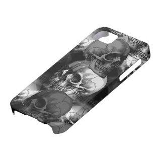 skulls iPhone 5 cover