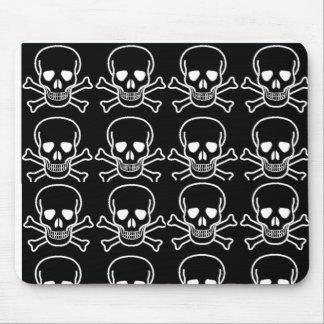 skulls mouse mat
