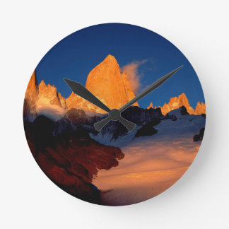 Sky Mount Fitzroy At Night Round Wallclock