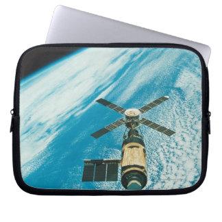 Skylab over Earth Laptop Sleeve