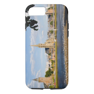 Skyline and river of quaint town of Inverness iPhone 8/7 Case