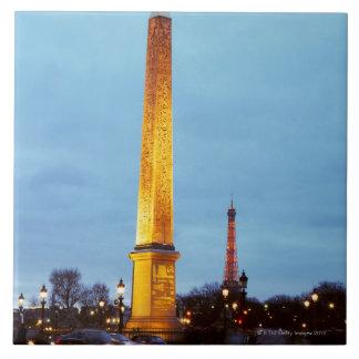 Skyline at dusk of 'Place de la Concorde' with Tile