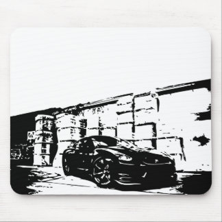 Skyline front stance. mouse mat