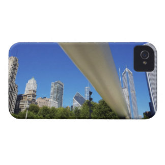 Skyline of Skyscrapers and footbridge at iPhone 4 Cover