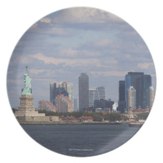 Skyline with Statue of Liberty Plate