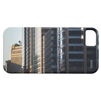 Skyscrapers line Chicago's financial district Barely There iPhone 5 Case