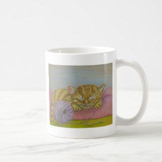 Sleeping kitten coffee mugs