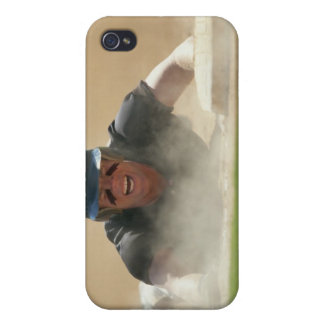 Sliding into Base Case For iPhone 4