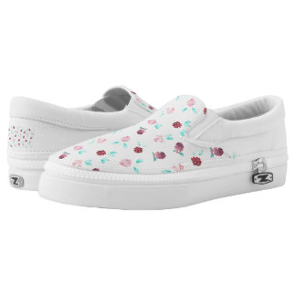 Slip on shoes with clover flowers printed shoes