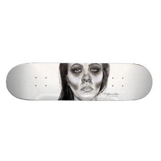 """""""Slipping"""" Series Skateboard"""