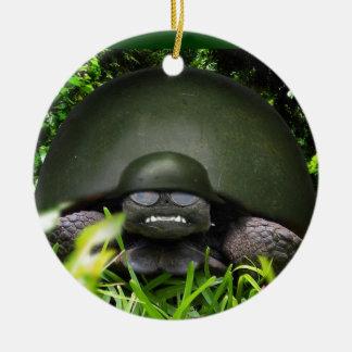 slow commando round ceramic decoration