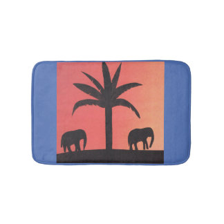 Small bath mat with elephant silhouette design