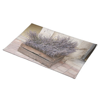 Small bouquets of lavender placemat
