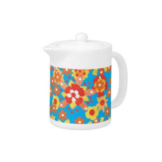 Small Teapot: Ditzy Orange Flowers Pattern