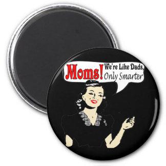 Smart Moms 6 Cm Round Magnet