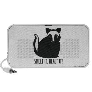 Smelt it speaker