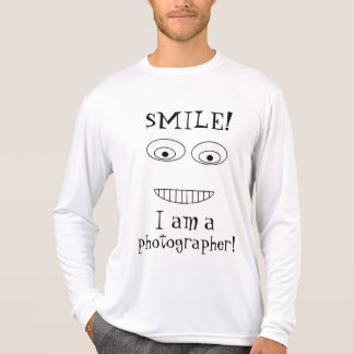 SMILE I am a photographer Funny Smiling Face T-Shirt