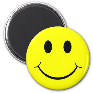smiley face 6 cm round magnet