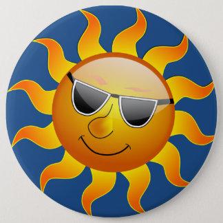 SMILEY SUN 6 CM ROUND BADGE