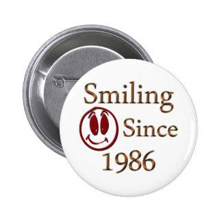Smiling 6 Cm Round Badge