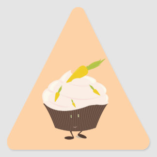 Smiling carrot cake cupcake triangle sticker