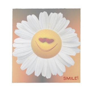 smiling daisy - notepad