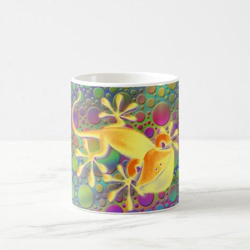 Smiling Gecko - coloured dots Mug