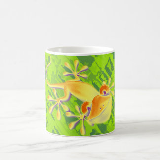Smiling Gecko - green pattern Basic White Mug