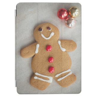 Smiling gingerbread man iPad air cover