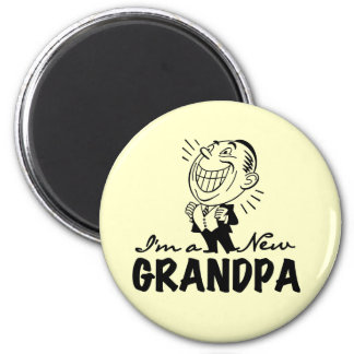 Smiling New Grandpa T-shirts and Gifts Magnet