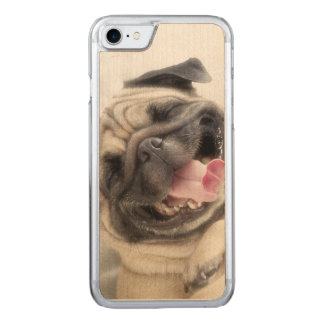 Smiling pug.Funny pug Carved iPhone 8/7 Case