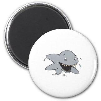 smiling shark 6 cm round magnet