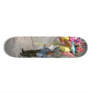 Smoking Balloon Salesman 20 Cm Skateboard Deck