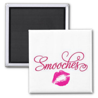 Smooches Magnet