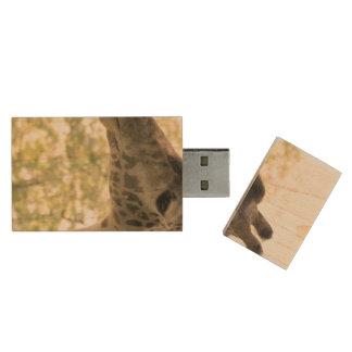 Snacking Giraffe Wood USB 2.0 Flash Drive
