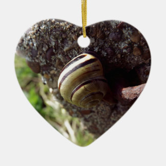 snail ceramic heart decoration