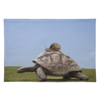 Snail over a turtle placemat