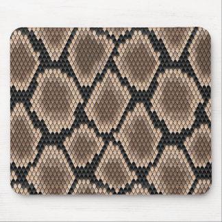 Snake skin mouse mat