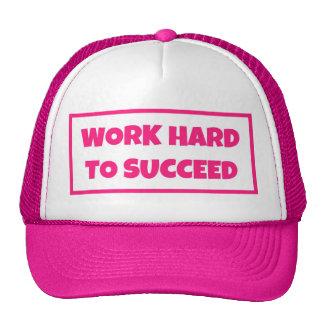 SNAPBACK SIMPLE PINK TRUCKER HATS