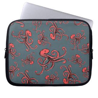 Sneaky Octopus Pattern Laptop Sleeve