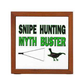 Snipe Hunting Myth Buster Desk Organiser