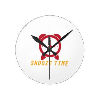 Snooze Time Round Wallclock