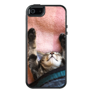 Snoozing Kitten OtterBox iPhone 5/5s/SE Case