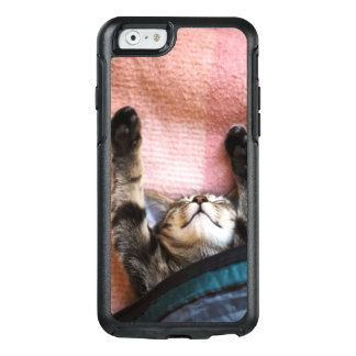 Snoozing Kitten OtterBox iPhone 6/6s Case