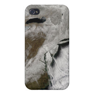 Snow across the northeastern United States Cases For iPhone 4