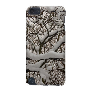 Snow covered tree branches iPod touch 5G case