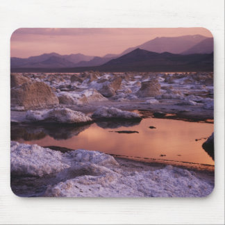 Snow-covered tufas mouse mat